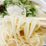 博多ラーメンしばらく - 麺はやっぱ普通が最近は好いと~けん普通で頼んだばってんが少し固めなんも良かかも。