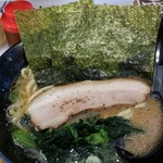 雷神家 - 醤油ラーメン 700円