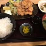 totoguranemuro - ざんぎ定食(850円)H28.10