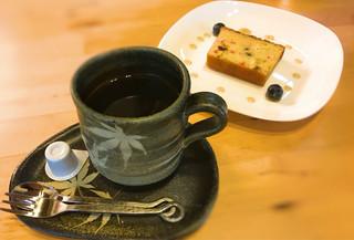 山小屋 佐藤 - 500円のケーキセット、コーヒー単品だとクッキーが付きました。