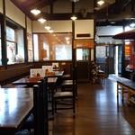 そば茶屋菖蒲庵 - 店内です♪