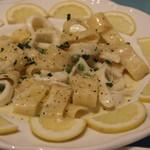 ポッツォーリ - イカのクリームソースのカラマリ