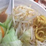 57139363 - 麺と野菜UP