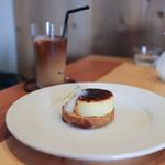 SOLO - りんごのシブースト&カフェ・ラテ☆