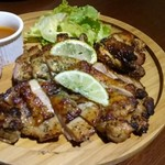 トラットリア アルベロ グランデ - チキン&チキンの食べ比べ(1.080円)。