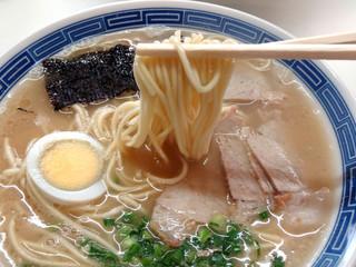 沖食堂 - 中太ストレート麺
