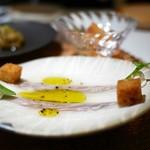 カセント - アンチョビと弓削牧場のフレッシュチーズ