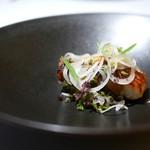 カセント - 琵琶湖産の天然鰻焼き 蕎麦の実のソースで