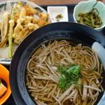 龍神蕎麦 - かき揚げそば 600円