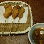串八 - マツタケ120円(税別)、生カキ100円(税別)