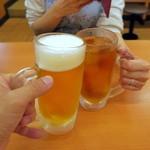 57159287 - カンパ~イ♪                       まだ飲むんかい?