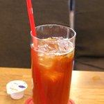 マグズカフェ - セットのドリンク(アイスティー)