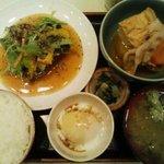 ごはんやたつや - 2010.11の日替り定食、さんまの竜田揚げ