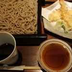 蕎麦六本 - 海老天せいろ・玄(1458円+108円)