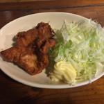 れんげ食堂 - Cset(ワンタン麺+半炒飯+唐揚2個) ¥850 の唐揚2個