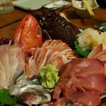 宵 - 料理写真:事前予約マスト!金目鯛!伊勢海老!の活き造りが信じられないお値段で!