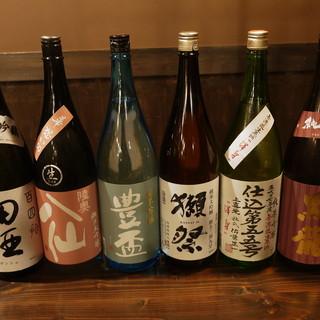 青森の地酒を中心に限定物の日本酒も豊富です。