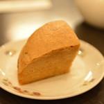 菜香新館 - 中国カステラ 温かくて優しい味
