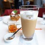 エスリビングハナレ - アイスミルクティー