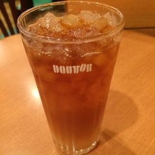 ドトールコーヒーショップ 北浦和東口店 - ももティーのMサイズ。 税込370円。 うまし。