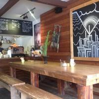 グリーンファームカフェ - 冷たいお水はセルフサービスでコーナーにご用意しております