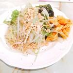 57169645 - 前菜のサラダ
