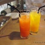 57169653 - オレンジジュース グレープフルーツジュース
