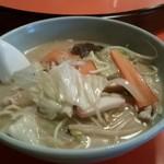 太平楽 - スープの色見たって 濃いやろ~ 長崎チャンポン