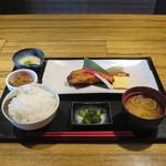 権之介 - 焼き魚定食