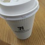セブンカフェ - ドリンク写真:100円 座って飲める
