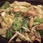 鳥新 - 野菜炒め(450円)