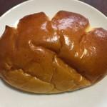 マツヤブレッドファクトリー - クリームパン(130円)