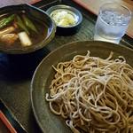 蕎麦喰い処 利めい庵 - 地鶏せいろ 1180円