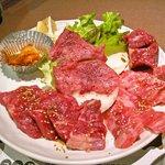 5719622 - がぁでんランチはお肉が4種盛りっ!