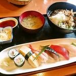 木々亭 - 寿司セット