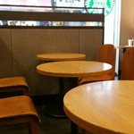 スターバックスコーヒー なんば南海通店 -