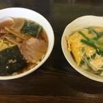 57206857 - ミニニラ玉丼&ミニラーメンセット