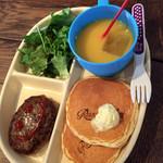 ルサルカ - 料理写真:スマイルキッズプレート 500円