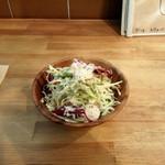57208650 - ランチタイムは、サラダ無料かご飯大盛り無料