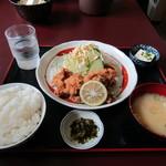 なぽれおん食堂 - 鳥唐揚げ定食\850