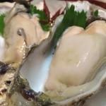 57212420 - 北海道厚岸産牡蠣(生)濃厚な味がたまらない