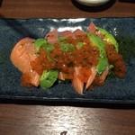 新横浜 居酒屋 すずの邸 和食と完全個室 - イクラにはちがいないのでしょうが人工イクラ…。
