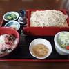 北の蕎麦屋 - 料理写真:平日のみのランチメニュー 半ねぎとろ丼とお蕎麦 810円(税別)