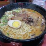 味千ラーメン - 料理写真:パイクー麺
