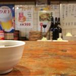 57222393 - 昭和の雰囲気漂う店内