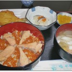 菊一商店 - H28.10 はらこ飯定食1200円 なます小鉢とかれいから揚げの付け合わせがいい