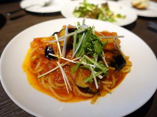 洋麺バルPastaBA - 海老が茄子の辛口ソース