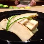 57226762 - 岩手の松茸と鮑と銀杏の真薯のお椀