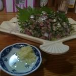 57227721 - 秋刀魚のたたきと、薬味