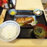 万福 - 料理写真:ぶり照り焼き定食